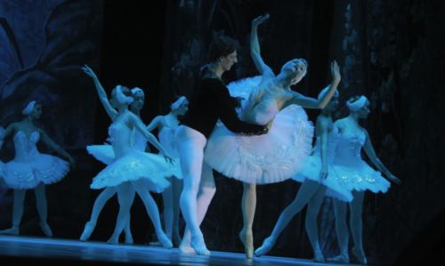 Санкт-Петербургский балет прибыл в Шымкент