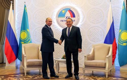 Путин рассчитывает на рост доли расчетов в нацвалютах между РФ и Казахстаном до 70-75%