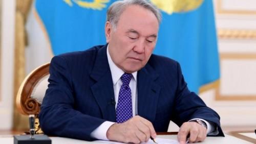 Назарбаев присудил государственные стипендии в области культуры
