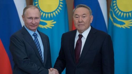 Назарбаев и Путин обсудили подготовку к заседанию Высшего Евразийского совета