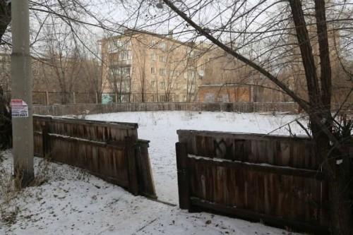 Акимат Усть-Каменогорска решит проблему заброшенных хоккейных коробок