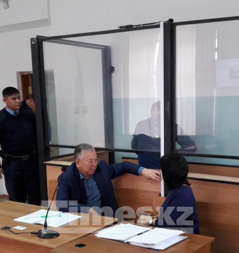 «Ущерб приписали!» Полковника полиции судят в Актобе