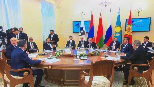 Назарбаев предложил провести в Астане следующее заседание стран ЕАЭС