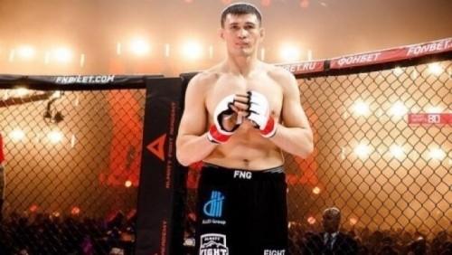 «Хочу подписать контракт после боя». Еще один казахстанский боец рвется в UFC