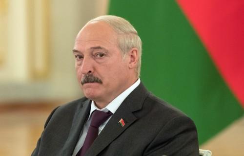 """Никто никого не наклонит"". Лукашенко опроверг слухи об объединении с Россией"