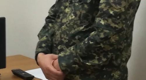 В Караганде замкомбата выпил, украл телефон у российского военнослужащего и попался на взятке