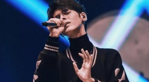 Финалист Евровидения с казахскими корнями стал фаворитом шоу Singer в Китае
