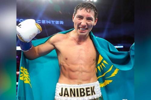 Жанибек Алимханулы одержал очередную победу на профи-ринге