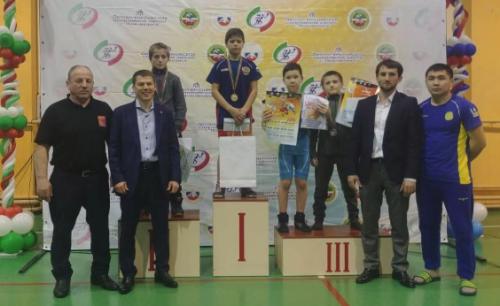 Юные акмолинские борцы завоевали «бронзу» Всероссийского турнира в Татарстане