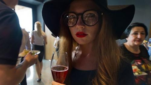 Британские ученые выяснили, стоит ли пить пиво перед вином