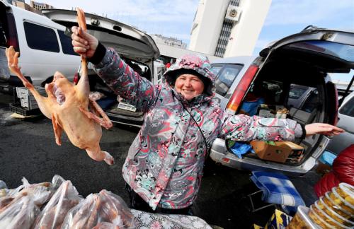 На улицы российских городов собираются вернуть торговые палатки и ларьки