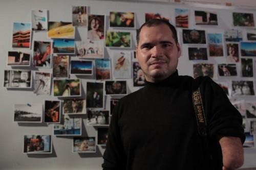 Уральский фотограф без рук прославился потрясающими снимками
