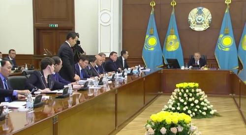 Министр Смаилов рассказал, зачем Назарбаев пересадил чиновников