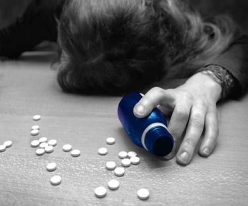 """""""Цифры пугают"""": в Минобразования заявили о росте подросткового суицида в Казахстане"""
