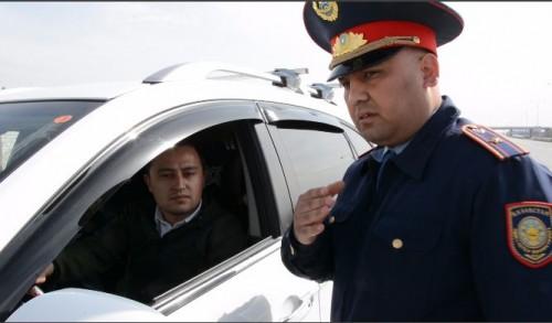 «Приемная на дорогах». В Туркестанской области практикуют новые формы профилактики ДТП