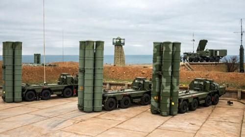 Пенс поставил Турцию перед выбором между НАТО и российскими С-400