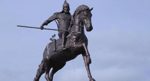 Носили серьги и украшали оружие? Что мы знаем о традициях казахских батыров