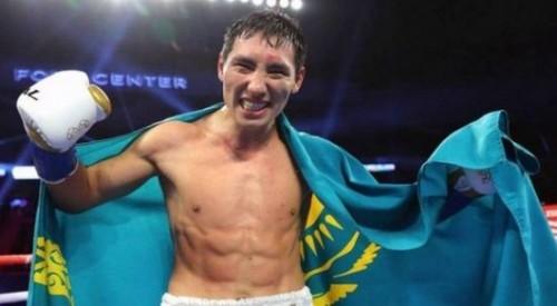 Жанибек Алимханулы победил мексиканца в бою за титулы от WBC и WBO