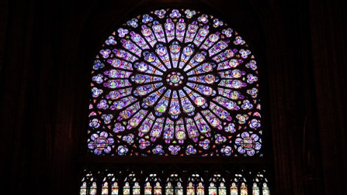 Что погибло и что сохранилось после пожара в соборе Парижской Богоматери