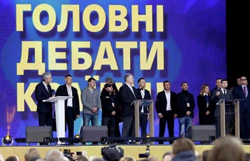 """""""Не ставьте на колени Украину"""". О чем поспорили Порошенко и Зеленский"""