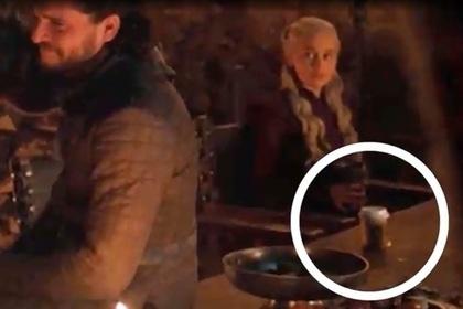 Создатели «Игры престолов» объяснились за стакан из Starbucks в кадре