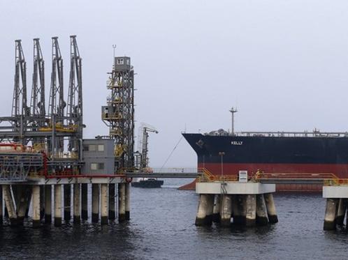 Взрывы потрясли порт в ОАЭ – СМИ