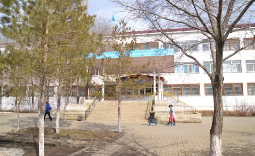 Суд в Актобе оштрафовал бизнесмена за отравление детей в школе-гимназии №9
