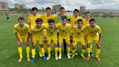 Юношеская сборная Казахстана по футболу одолела сборную Беларуси