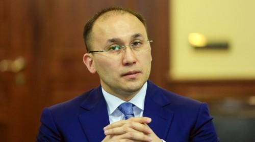 Даурен Абаев рассказал молодёжи о трёх качествах, необходимых для успешной карьеры