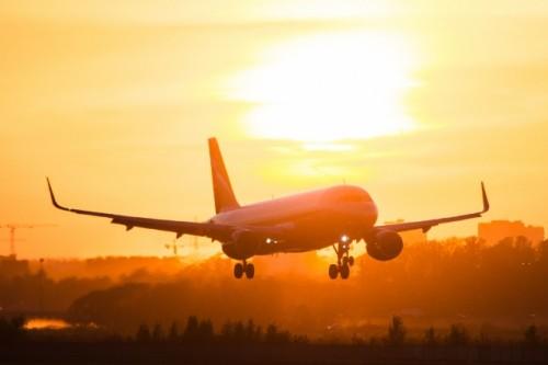 О сроках введения бесплатного проезда детей в самолетах рассказал Мухамедиулы