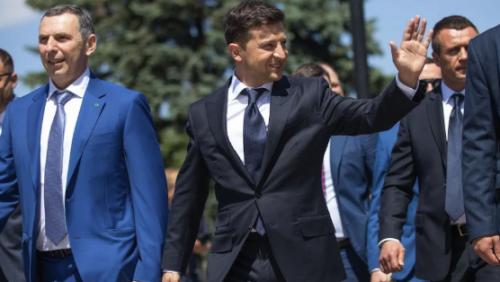 """Зеленский назначил на высокопоставленные должности своих коллег по студии """"Квартал 95"""""""