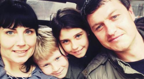 Семья из Алматы прославилась благодаря песне Торегали Тореали