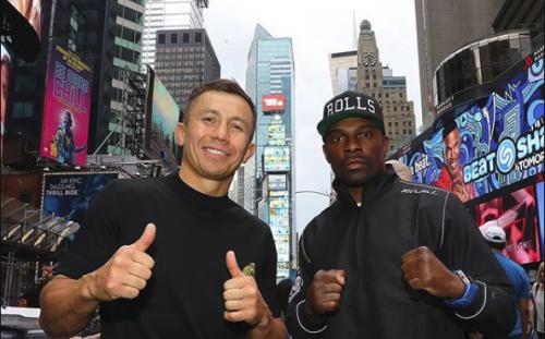 Головкин и Роллс провели дуэль взглядов на Times Square в Нью-Йорке (фото, видео)