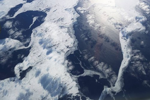 Откуда в океанах озера, водопады, холмы и как морская вода уходит в недра Земли?