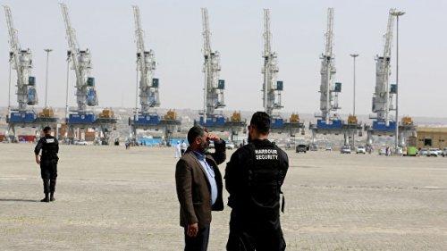 В Оманском заливе спасли всех моряков с атакованных танкеров