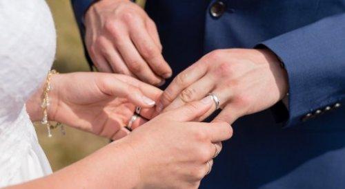 Где в Казахстане чаще всего разводятся и женятся