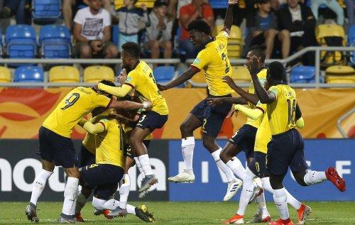 Сборная Эквадора обыграла команду Италии и стала бронзовым призером МЧМ по футболу