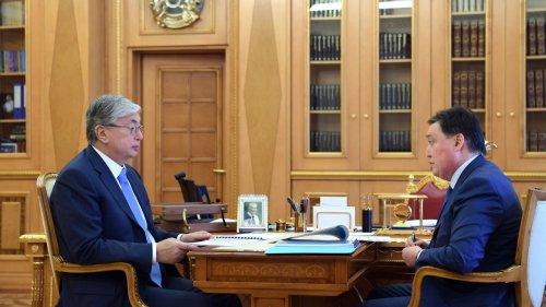 Глава Казахстана поручил обновить соцполитику правительства