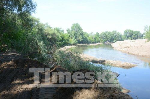 Из-за непродуманного расширения русел местных рек старая часть города Актобе может остаться без питьевой воды
