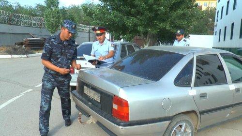 В Актобе наряд полиции догнал и задержал опасного преступника