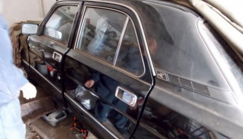"""В Казахстане нашли """"Волгу"""", простоявшую 21 год в гараже в заводском целлофане"""