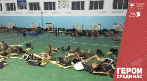 Фото изможденных пожарных из Арыси появилось в Сети