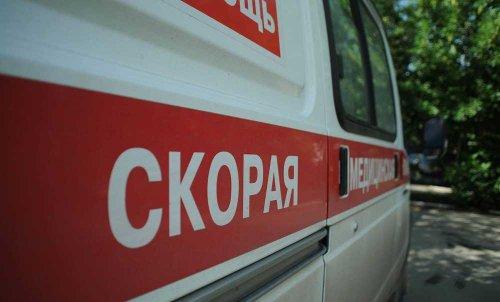 """На трассе """"Актобе - Орск""""  столкнулись """"КамАЗ"""" и пассажирский автобус. Один человек погиб"""
