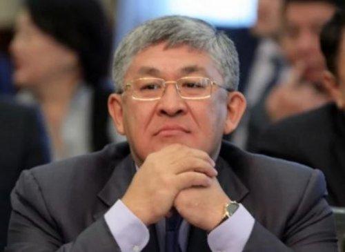 Кушербаев сменил Сагинтаева на должности руководителя администрации президента