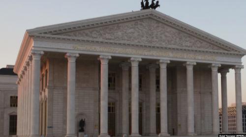 В «Астана Опера» опровергли сообщения о подготовке восхваляющей Назарбаева оперы