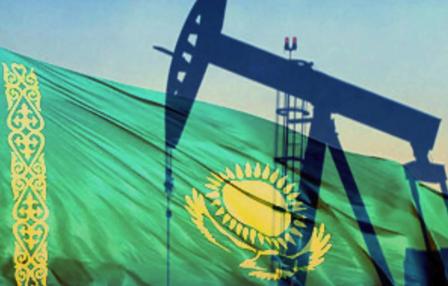 Токаев: Казахстан поддерживает решение ОПЕК по сокращению нефтедобычи до конца 2019 года