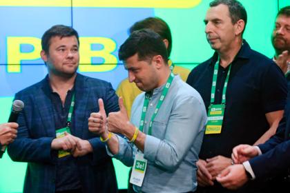Партия Зеленского заберет все посты в правительстве Украины