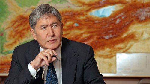 Советник президента Киргизии оставил пост, чтобы поддержать Атамбаева