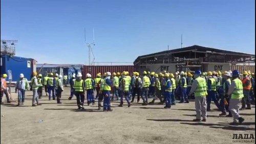 Пострадавшие на Тенгизе иностранцы уезжают из Казахстана