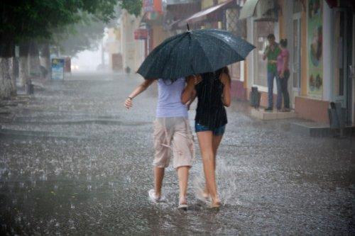 Дожди и грозы прогнозируют синоптики    2 июля в Казахстане